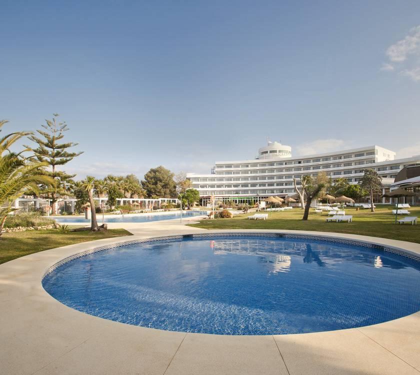 Piscina Hotel TRH Paraíso